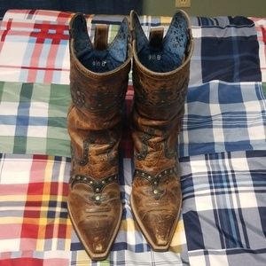 Ariat pointed toe dress boots MAKE OFFER